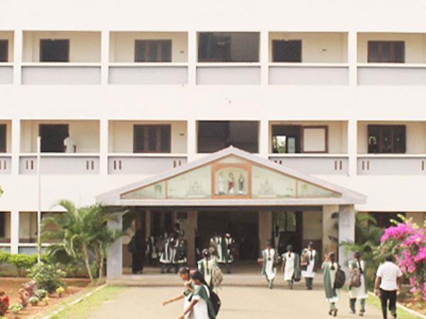 என்ஜினீயரிங் கல்விக் கட்டணத்தை முறைப்படுத்த வருகிறது புதிய ஆணையம்
