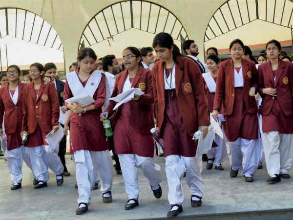 6 டூ 9ம் வகுப்பு வரை.. சி.பி.எஸ்.இ மாணவர்களுக்கு புதிய தேர்வு முறை அறிமுகம்!
