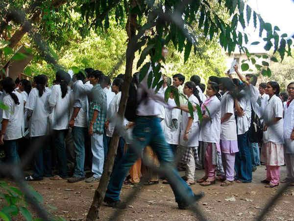 கர்நாடக மருத்துவக் கல்லூரிகளில் பிஜி படிப்புகளுக்கான கலந்தாய்வு... ஏப்ரல் 10 முதல் 12 வரை!
