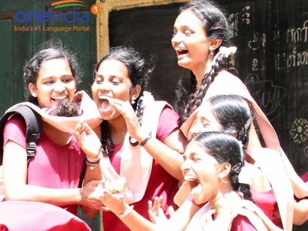 10ம் வகுப்புத் தேர்விலும் முதலிடம் விருது நகருக்கு .... கடைசி இடம் கடலூருக்கு ...!