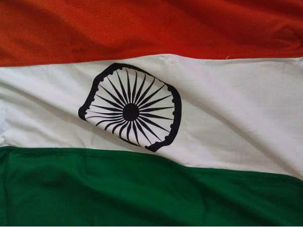 சுதந்திர தாகம் இங்கிலாந்துக்கும் இந்தியாவுக்கும் இடையே விடுதலை   முழக்கம்