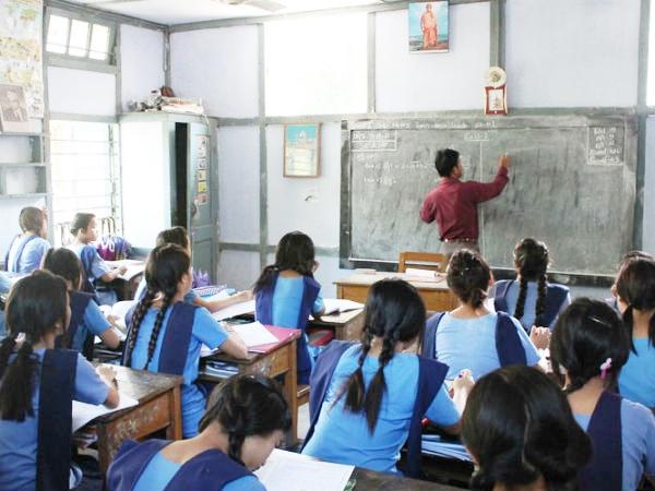 ஜவ்வாது மலையில் ஆசிரியர் பணி - மாவட்ட ஆட்சியர் அறிவிப்பு!