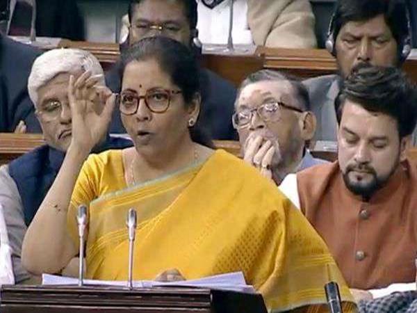 Budget 2020: கல்வித்துறைக்கு 99,300 கோடி ரூபாய் ஒதுக்கீடு! நிர்மலா சீதாராமன்