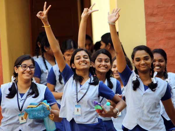 CBSE Exam: சிபிஎஸ்இ மாணவர்களுக்கு ஹேப்பி நியூஸ்! தேர்வுகளை ரத்து செய்த மத்திய அரசு!