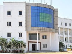 Tamil Nadu Engineering Colleges Teach Better English Students