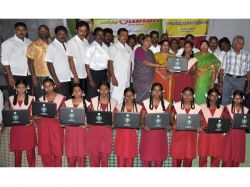 Lakh Students Got Laptops